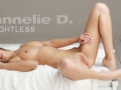 HANNELIE D. - Weightless
