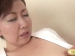 39 yr old Yayoi Iida Swallows two Loads (Uncensored)