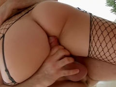 Bubble butt fucking and pussy creampie
