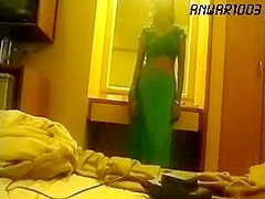 Indian bitch got fucked in her tight and sexy a-aperture by her BF