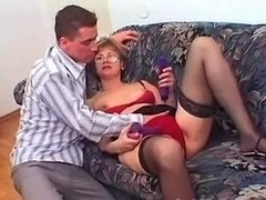 Mature woman gets fucked by younger guy!